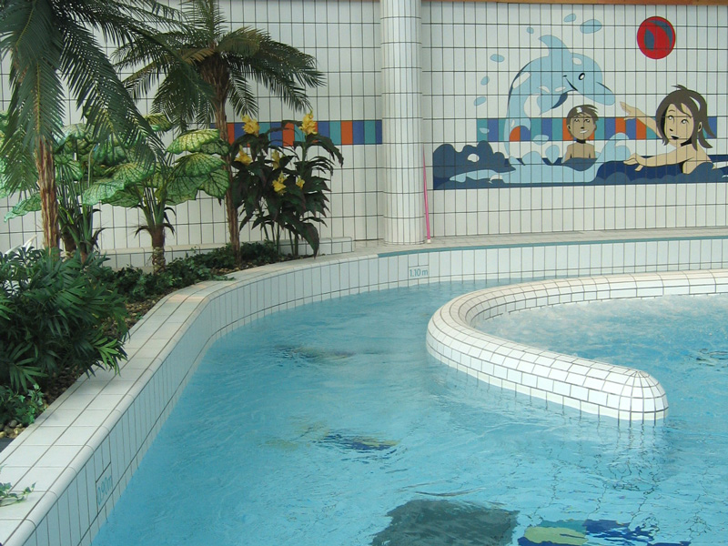 Piscine sirena carpiquet c t de caen calvados for Carpiquet piscine