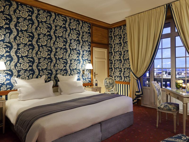 H tel le normandy 5 toiles deauville dans le calvados for Chambre hotel normandie