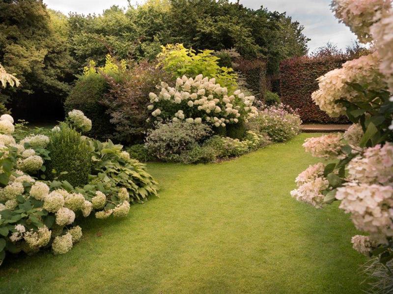 Les jardins du pays d 39 auge et leur ecomus e cambremer for O jardins d eglantine