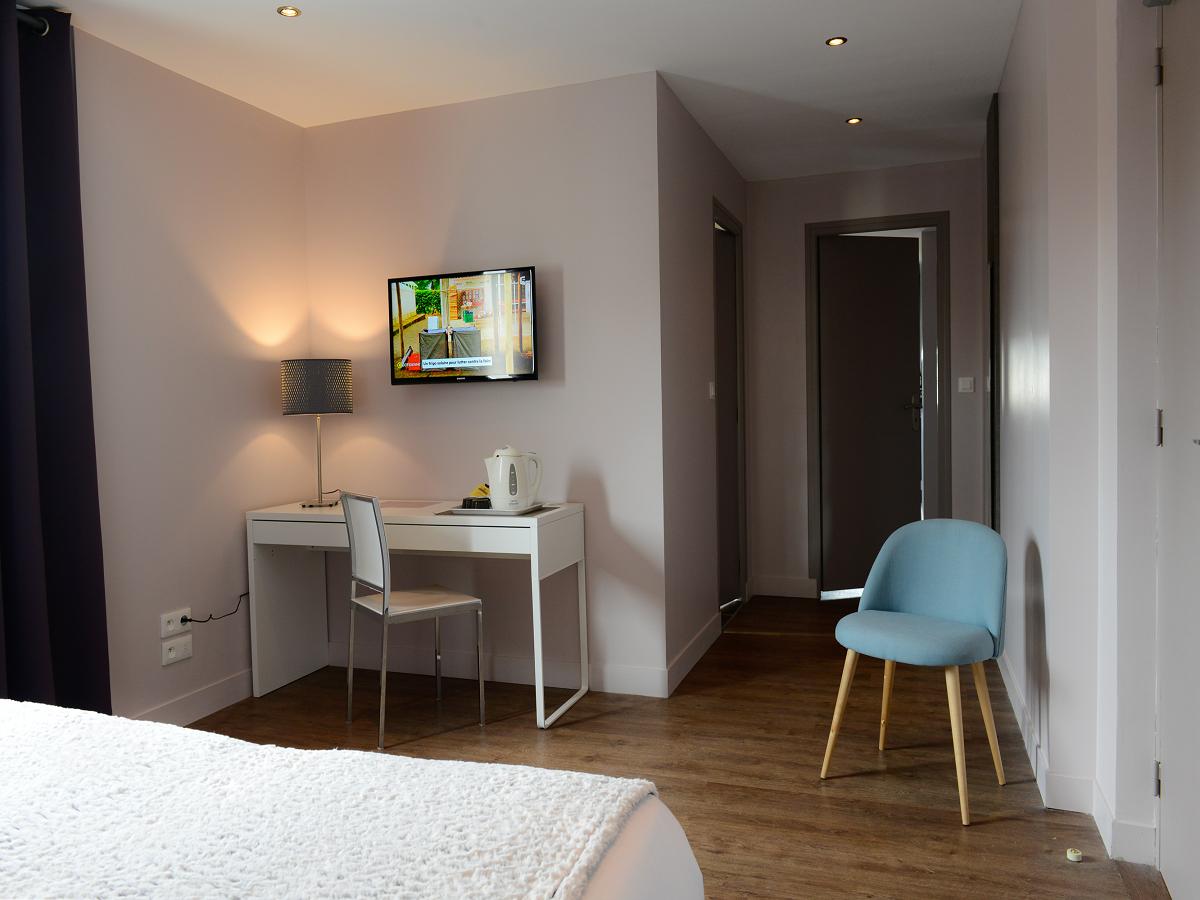 9868-chambre-familiale-hotel-le-saint-aubin