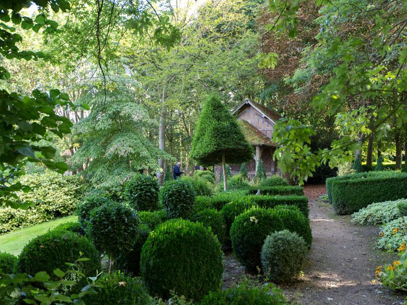 Les jardins du pays d 39 auge et leur ecomus e cambremer for Jardins a visiter