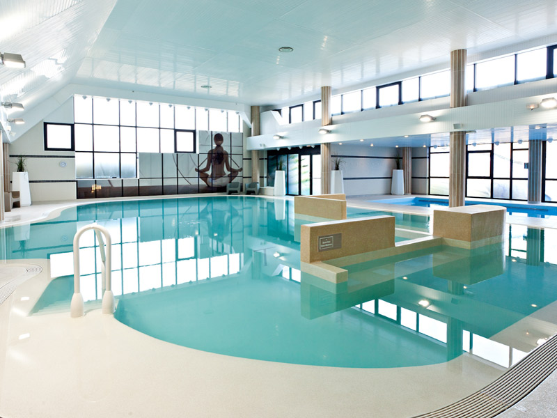 S minaire ouistreham h tel riva bella by thalazur for Carpiquet piscine