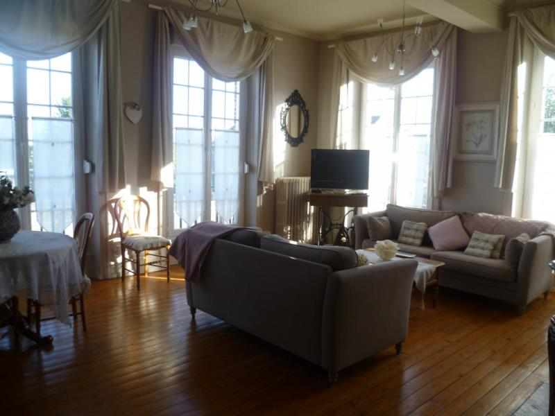 meubl s locations g tes 3 pis g tes de france les foug tourisme calvados. Black Bedroom Furniture Sets. Home Design Ideas