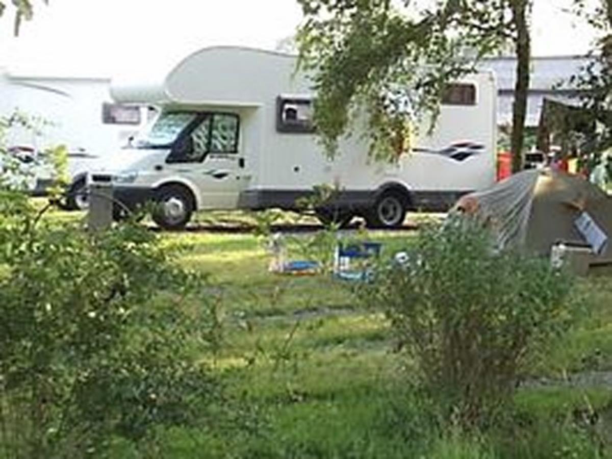 Aire de camping-car La Ferme du Lavoir à Formigny-la-Bataille