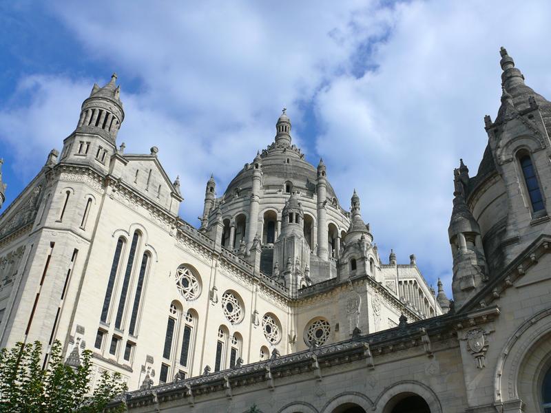 Basilique Sainte Therese, le dôme - Lisieux - ©Calvados Tourisme
