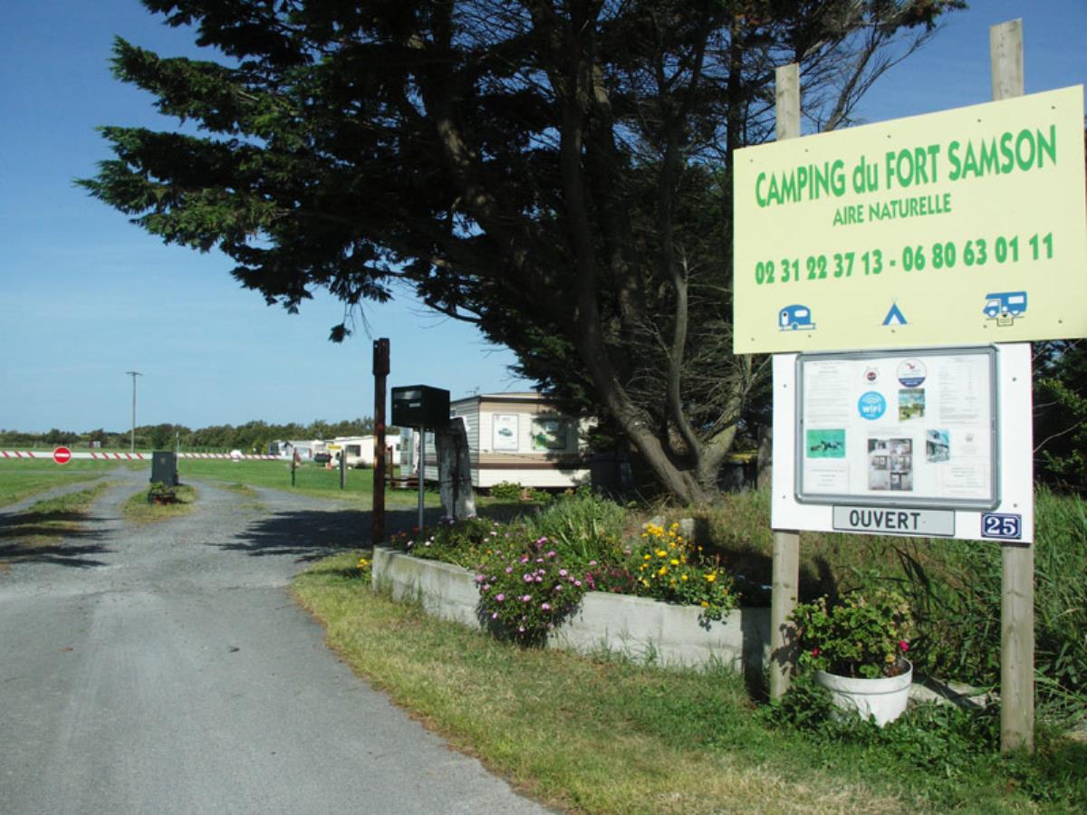 Aire Naturelle de Camping du Fort Samson