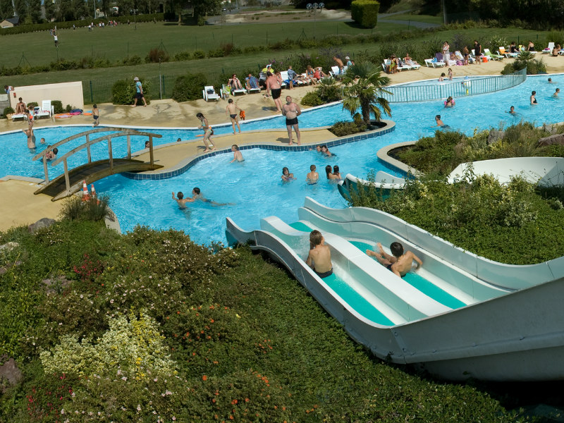 Camping Le Fanal - Isigny sur mer - piscine et toboggan - ©Camping Le Fanal
