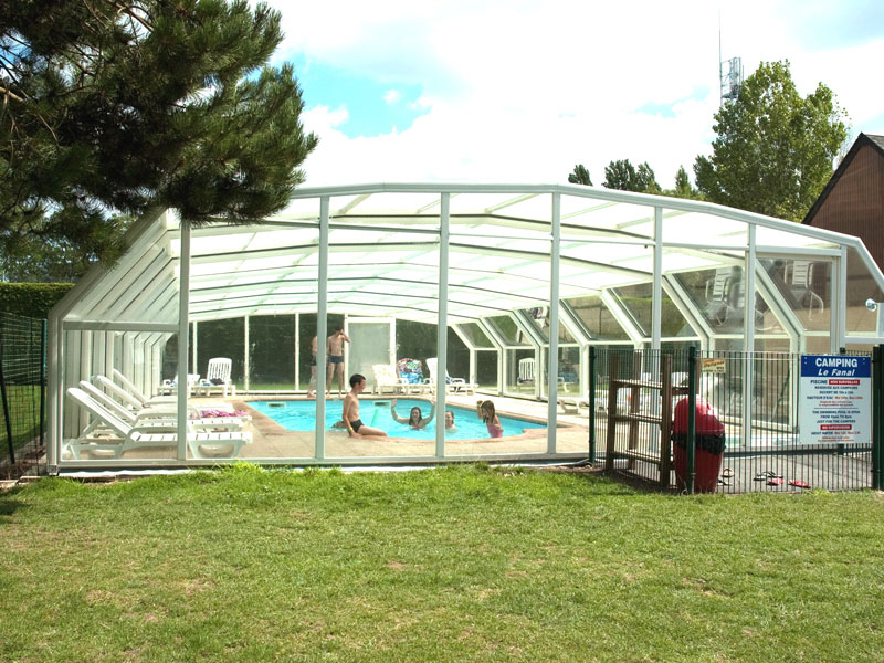 Camping Le Fanal - Isigny sur Mer - piscine couverte - ©Camping Le Fanal