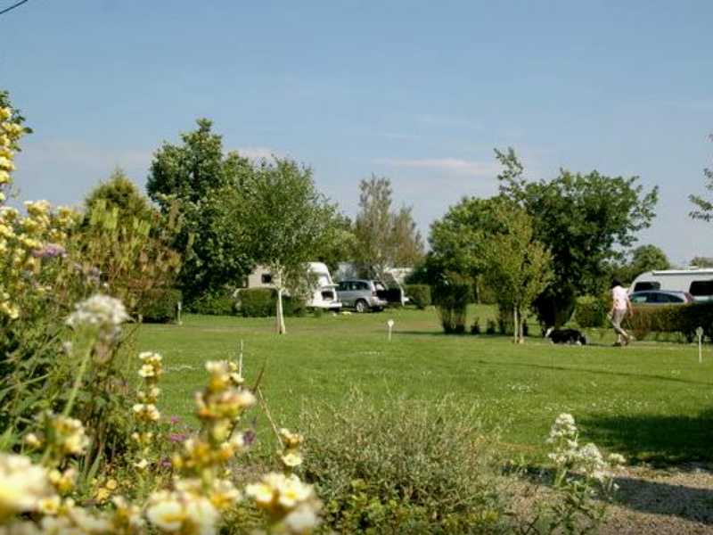 Camping le Puits - St Martin des Besaces - emplacement - ©Camping le Puits