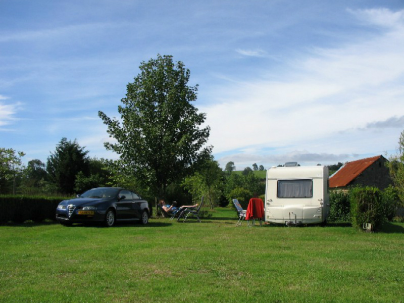 Camping le Puits - St Martin des Besaces - emplacement 2 - ©Camping le Puits