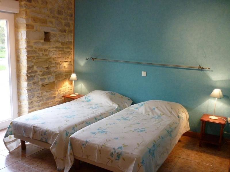 Chambre-2-gite-Saonnet - ©Gites de France