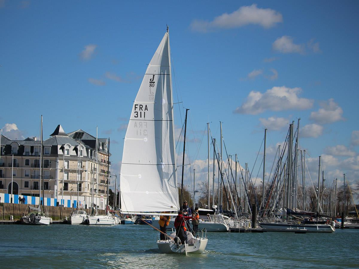 Deauville-Yacht-Club-10