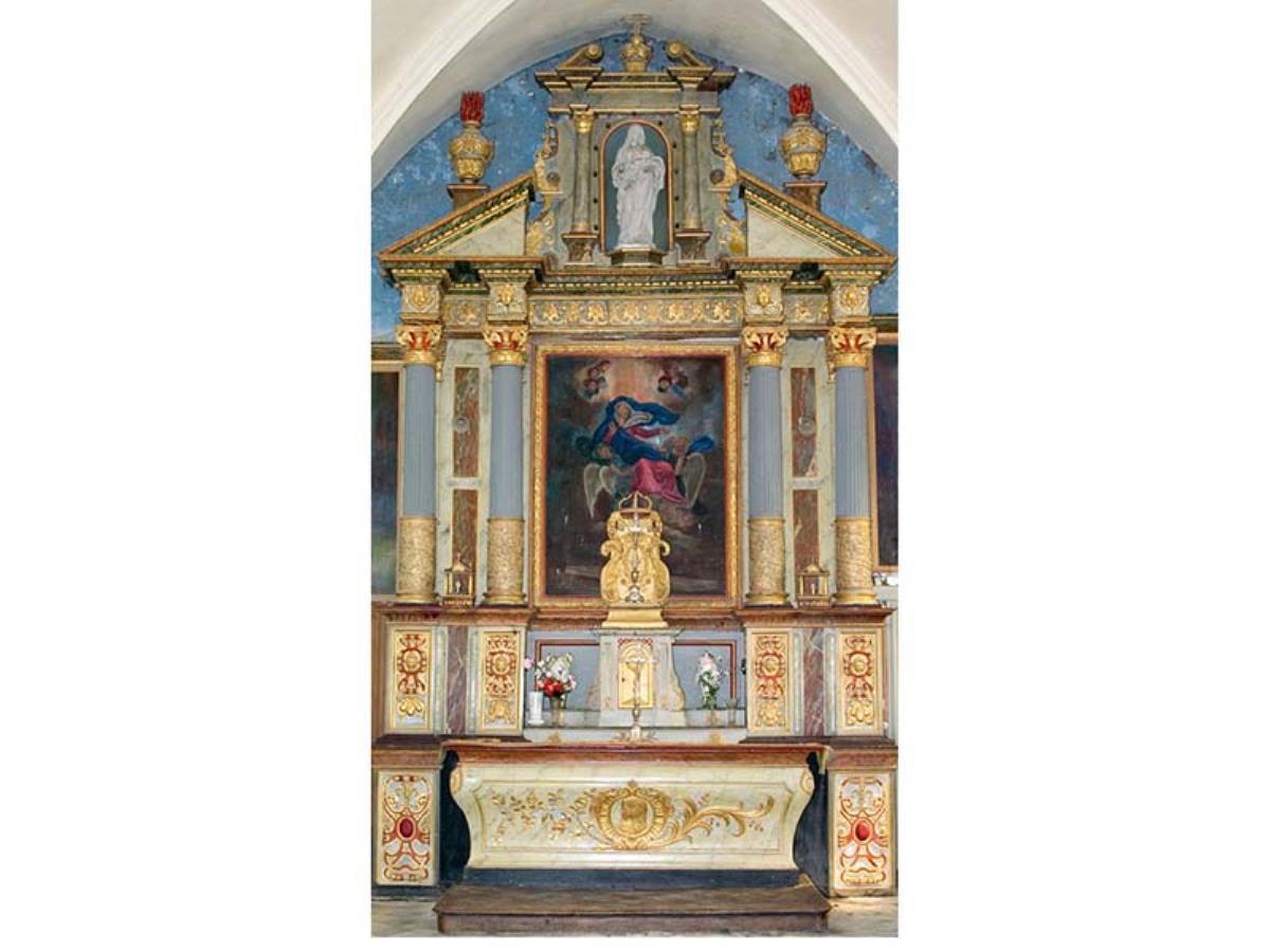 Pierres en lumières dans l'église de Mestry