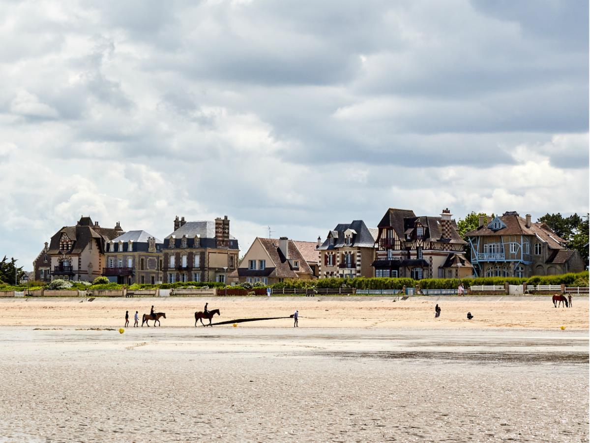 Hermanville-sur-mer--plage-Caen-la-mer-Tourisme---Fabien-MAHAUT