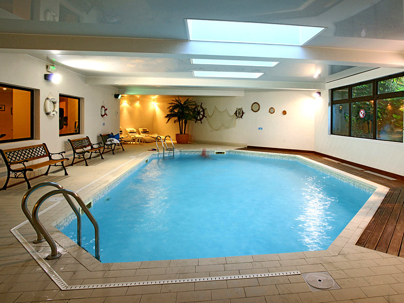 Hostellerie du Vallon - Trouville - piscine - ©Hostellerie du Vallon