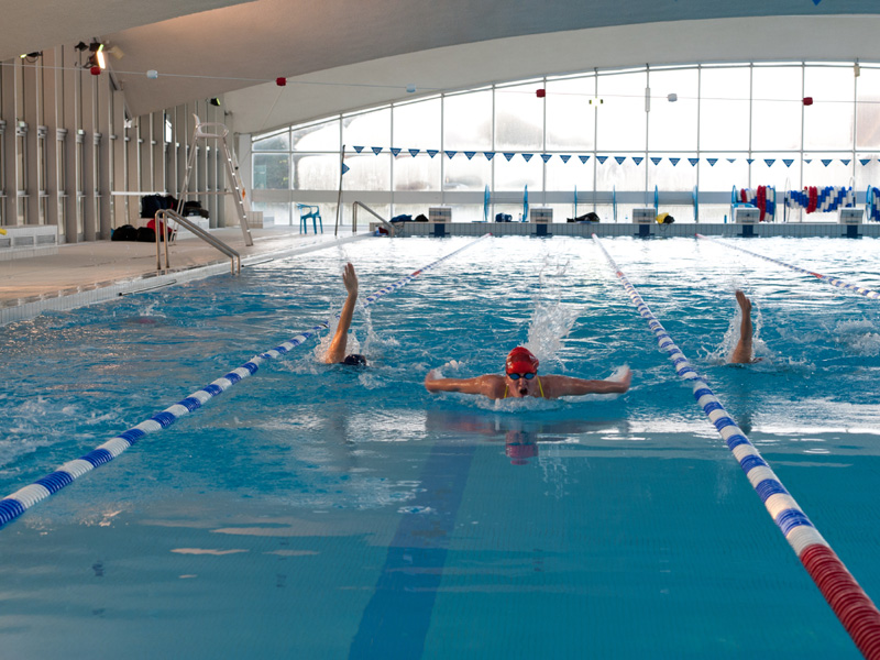 Piscine olympique deauville for Tarif piscine enterree