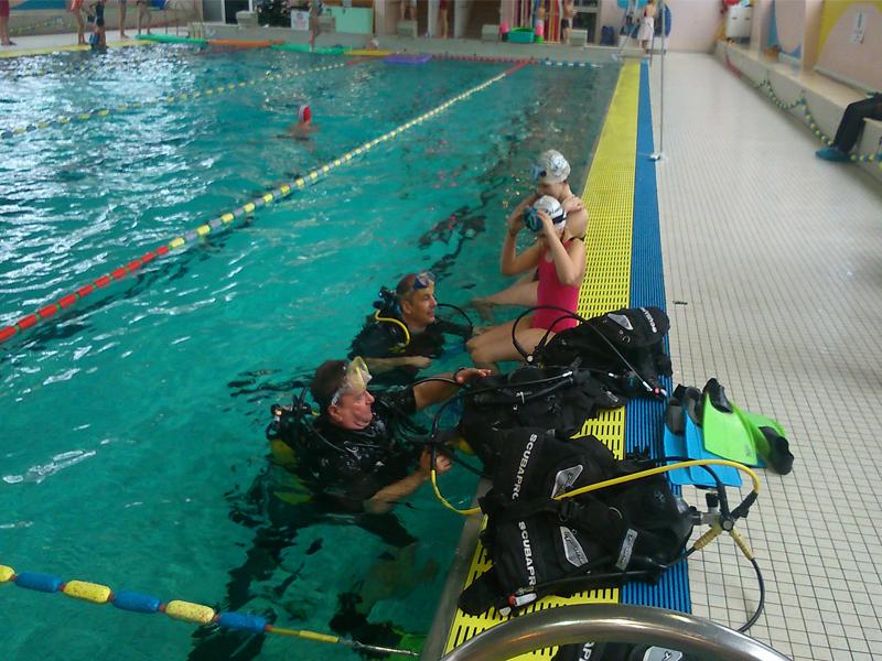 Plongee piscine avec le club GPS Caen - ©© GPS