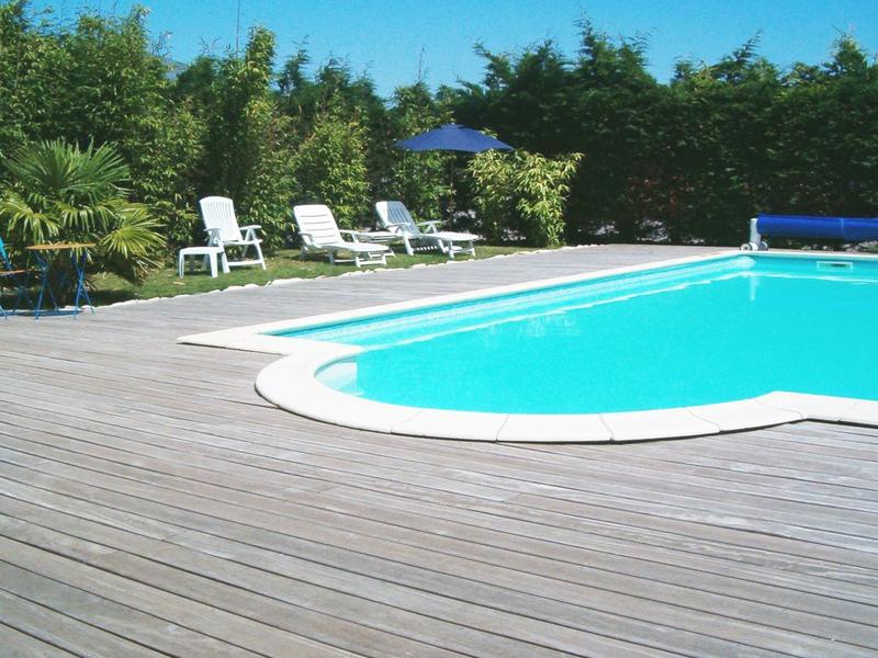 Chambre d'hôtes de la Ferme des Coteaux - Fleury sur Orne - piscine - ©Chambre d'hôtes de la Ferme des Coteaux