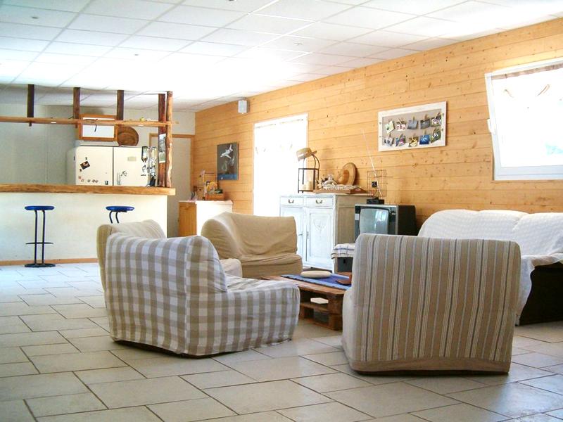 Chambre d'hôtes de la Ferme des Coteaux - Fleury sur Orne - salon - ©Chambre d'hôtes de la Ferme des Coteaux