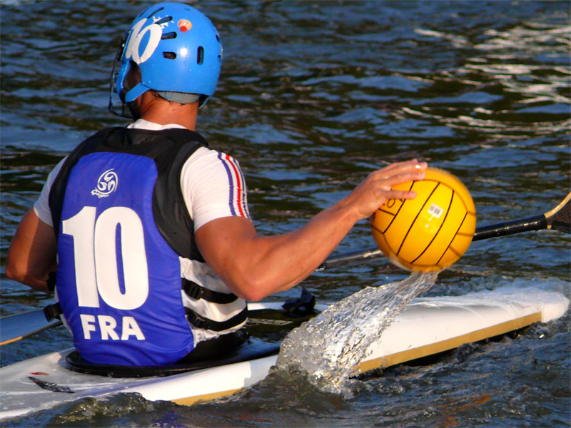 kayak polo à Thury-Harcourt - ©© KCTH