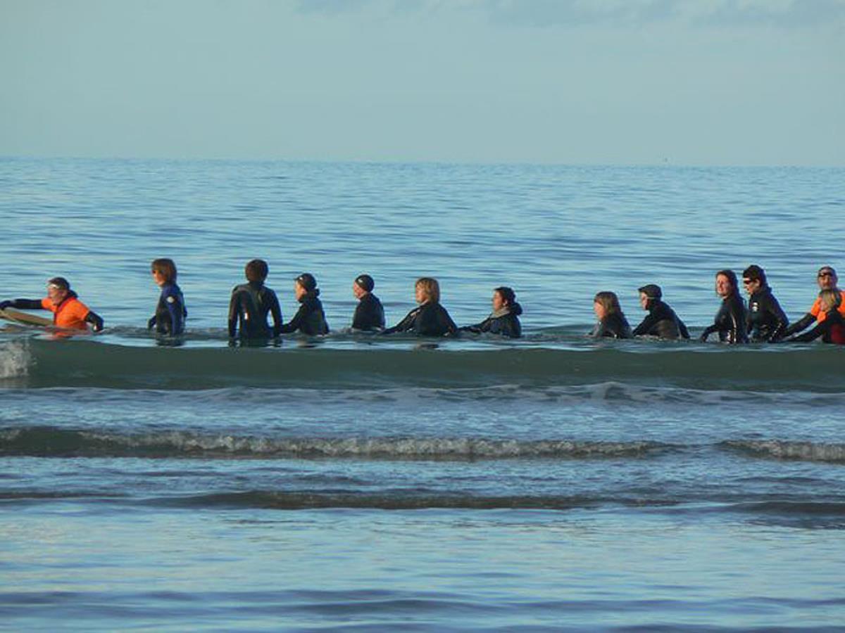 Cours d'aquagym en mer