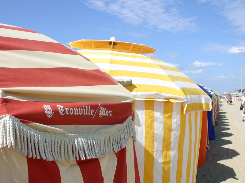parasol1 - ©Office de Tourisme de Trouville-sur-Mer