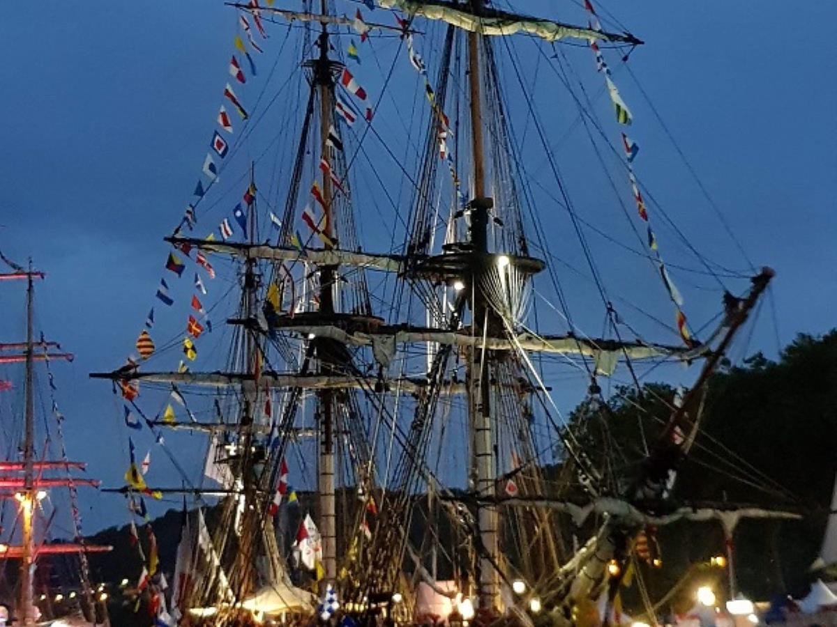 Embarquez pour la parade de l'Armada